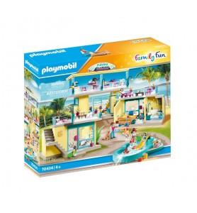 PLAYMO Beach Hotel